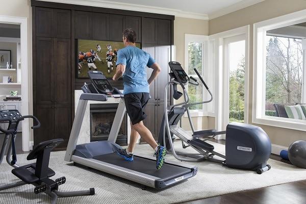 A man running on a tredmill